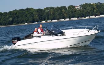 jacht motorowy Parker 630